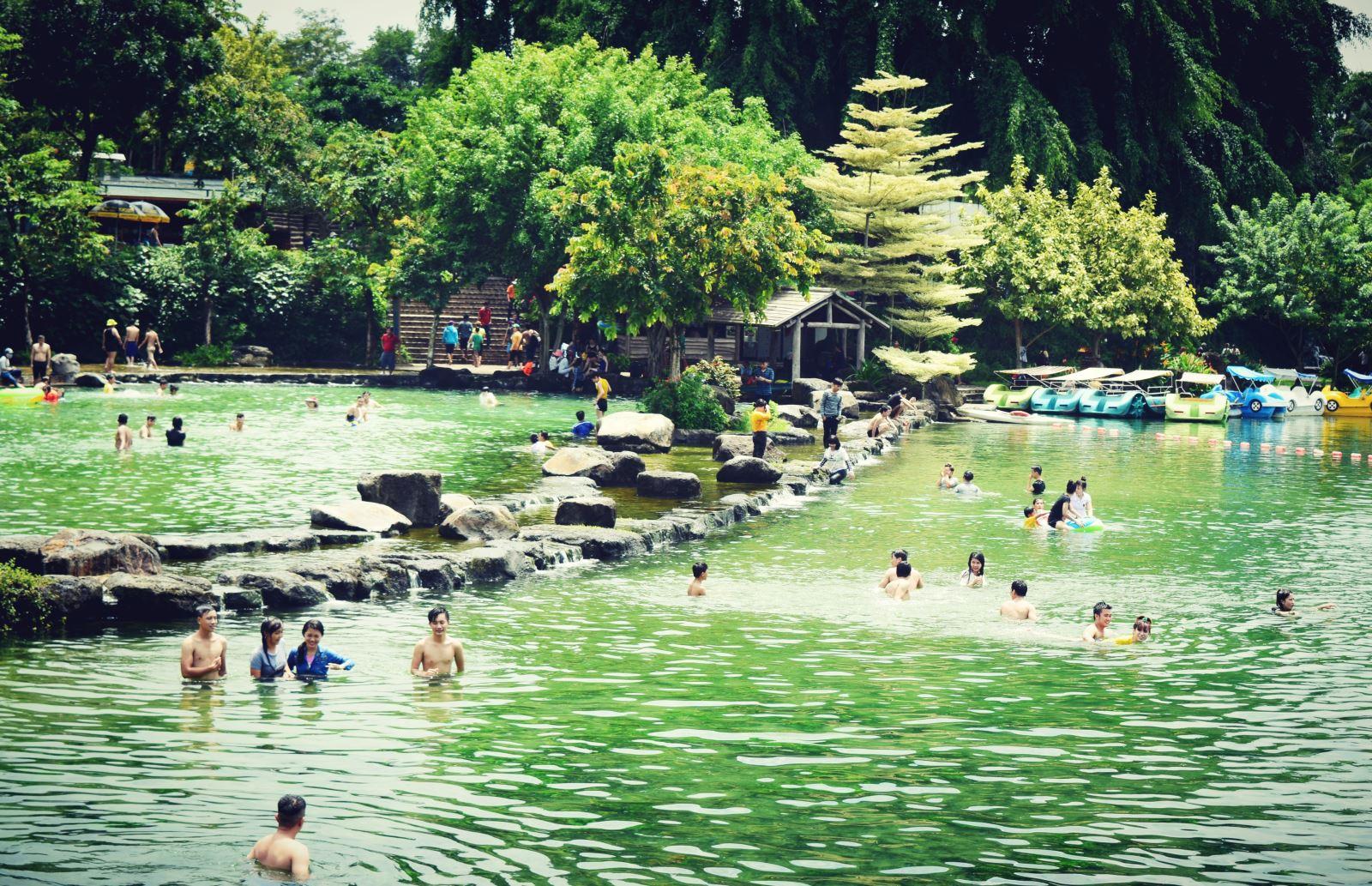 Khu du lịch công viên suối Mơ- Thiên đường vui chơi dã ngoại cuối tuần