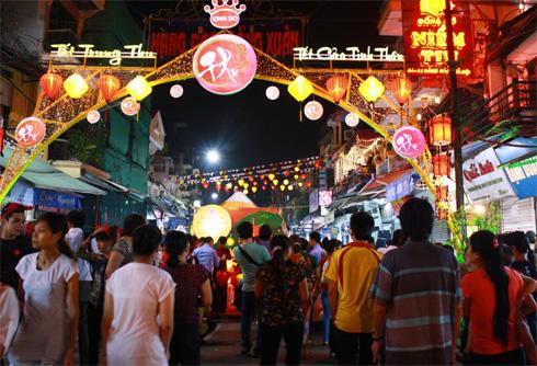 Những địa điểm vui chơi ở Hà Nội về đêm